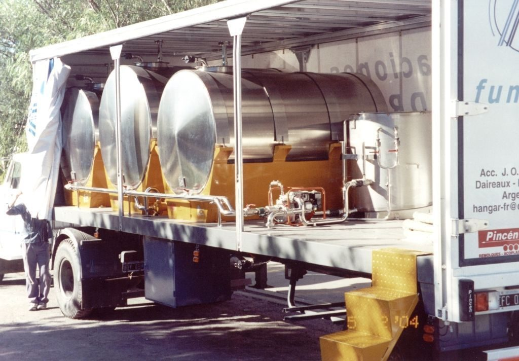 Fuel Tanks 11