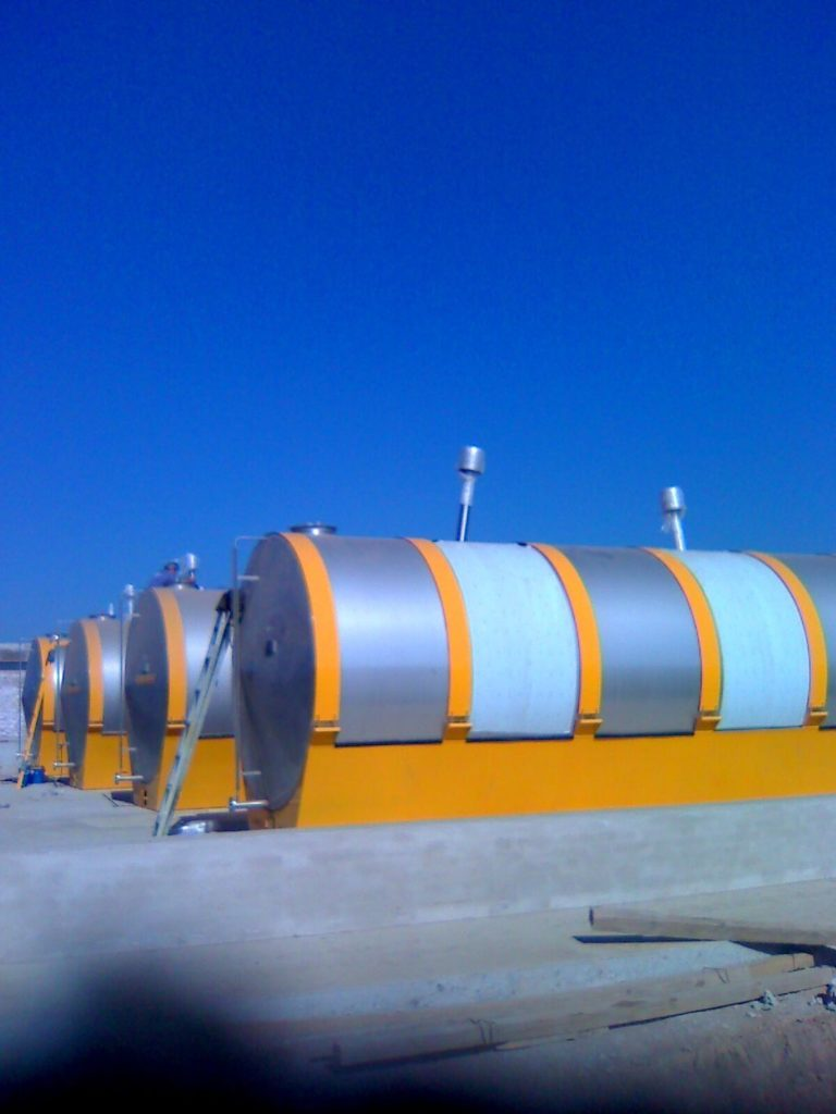 Fuel Tanks 17